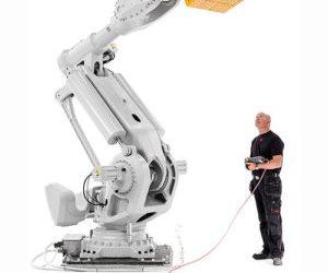 Verdens største ABB robot i Norge